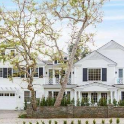 Sarah Michelle Gellar's House:  New Baby, New Show, New House