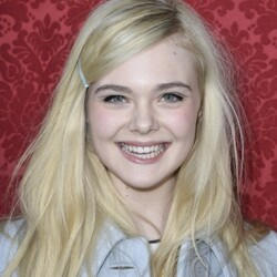 Elle Fanning Net Worth