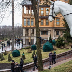 President of Ukraine Ousted! Whereabouts Unknown. Citizens Reclaim $100 Million Presidential Estate. Jailed Opponent Freed...