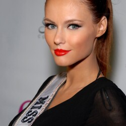 Alyssa Campanella Net Worth