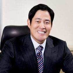 Chung Yong-Jin Net Worth