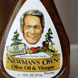 How Paul Newman Accidentally Launched A $400 Million Charity Empire With A Bottle Of Homemade Salad Dressing