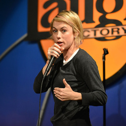 Iliza Shlesinger Net Worth