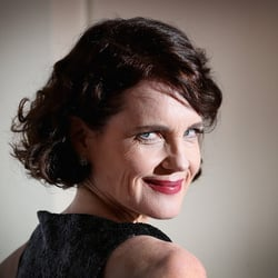 Elizabeth McGovern Net Worth