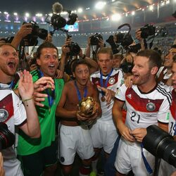 German Soccer Star Mesut Ozil Just Did Something Truly Amazing With His World Cup Bonus