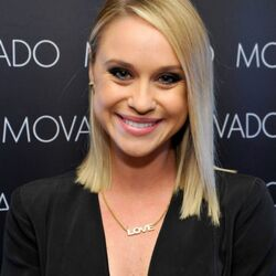 Becca Tobin Net Worth