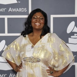 Kim Burrell Net Worth