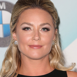 Elisabeth Röhm Net Worth