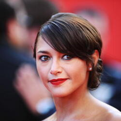 Emma de Caunes Net Worth
