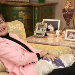 Drop Out Of High School, Marry A Billionaire, Go To Jail, Leave Small Fortune To Your Dog. Leona Helmsley's American Dream