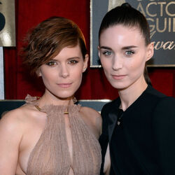 Rooney And Kate Mara Probably Have Very Good NFL Tickets - Wanna Know Why?