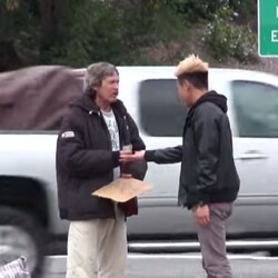 Christmas Miracle Raises Small Fortune For The Most Generous Homeless Guy Ever - Amazing Story!