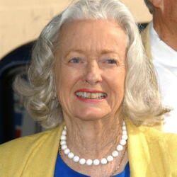 Noel Neill Net Worth