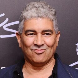 Pat Smear Net Worth