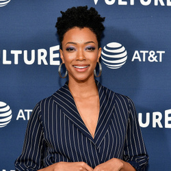 Sonequa Martin Net Worth