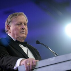 Billionaire Of The Day: Red McCombs – A True Texas Billionaire