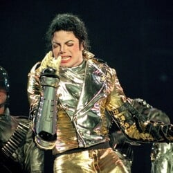 The Amount Of Money Michael Jackson Has Earned In The Last Six Years Is ASTOUNDING