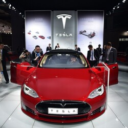 Why Is Tesla Borrowing $750 Million?