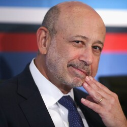After Being Born In The Projects, Goldman Sachs CEO Lloyd Blankfein Just Officially Joined The Billionaires Club