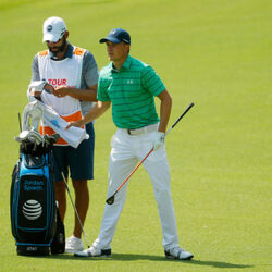 Jordan Spieth's Caddie Is Having A Very Good Year!