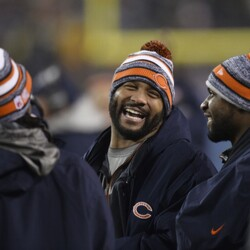 Lance Briggs Is Hanging It Up After 12 Years In Chicago... An Impressive Career That Almost Didn't Happen