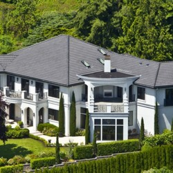Russell Wilson Buys Gorgeous Lakeside Mansion for $6.7 Million