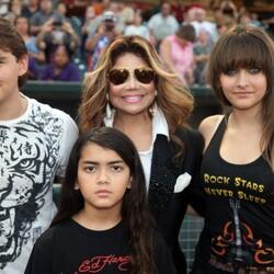 Paris Jackson's Family Wants Her Boyfriend To Sign A $2 BILLION Prenup!