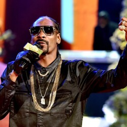 Business Tycoon Snoop Dogg Launches Line Of... You Guessed It... Marijuana Products!