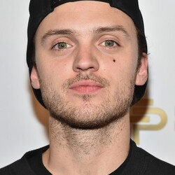 Alexander DeLeon Net Worth