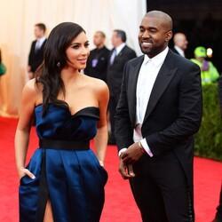 Kanye West Spoiled Kim Kardashian With 150 Christmas Presents