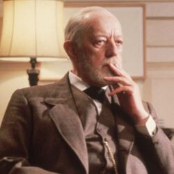 "In 1977 Alec Guinness Demanded ""Points"" Instead Of Salary On Star Wars – He Chose… Wisely"