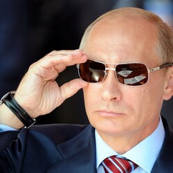 Is Vladimir Putin Secretly Sitting On A $200 Billion Fortune?