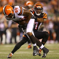 The Incredible Contract Of Dwayne Bowe, Plus Other Ridiculous Spending Of Money