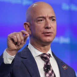 How Amazon's Jeff Bezos Became The $33 Billion Dollar King ...