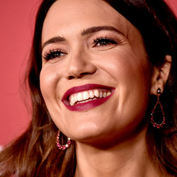 Millionaire Actress Mandy Moore Requests Ex-Husband Pay Pet Support