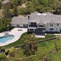 Former Reality Star Scott Disick Buys $6 Million House In Hidden Hills Neighborhood