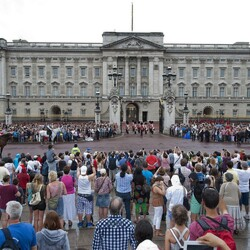 This is How Much It Costs To Rent Buckingham Palace (And Other Famous Addresses) For A Night