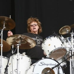 Bev Bevan Net Worth
