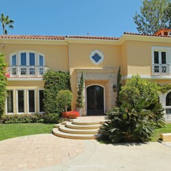 Guess Jeans Co-Founder Paul Marciano Selling Beverly Hills Mansion For Just Under $20 Million