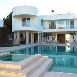 Beverly Hills Estate Of Late Romance Novelist Jackie Collins Can Be Yours For $30 Million