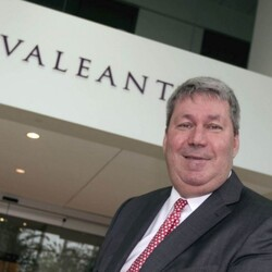 Valeant Pharma CEO Michael Pearson Lost $180 Million In One Day