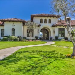 Pop Icon Britney Spears Puts Thousand Oaks Mansion On The Market For $8.995 Million