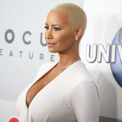 Amber Rose Just Made A Ridiculous Amount Of Money Off An Emoji App