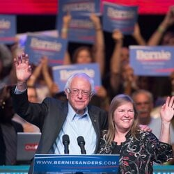 Bernie Sanders Releases 2014 Tax Returns
