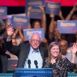Bernie Sanders Releases 2014 Tax Returns