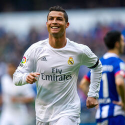 How The World's Highest Paid Athlete Cristiano Ronaldo Spends His $320 Million Net Worth