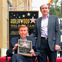 Sumner Redstone's Last Days Spark Fierce Legal Battle Over Billion Dollar Empire