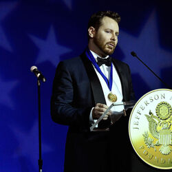 Napster Billionaire Sean Parker Making Moves In Medicine