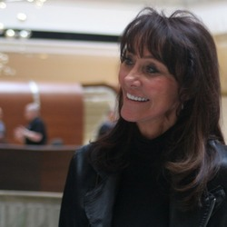 Diane Hendricks, Self-Made Billionaire, To Join Donald Trump's Team
