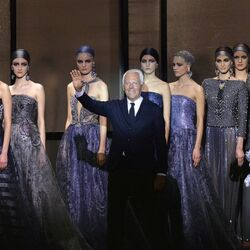 Giorgio Armani Announces Plan For Billion-Dollar Fashion House